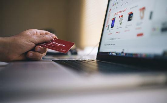 Image of the credit card | Ecommerce Website Design | Ontrix